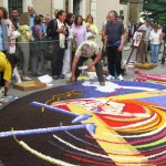 Finishing-touches-in-Spello-as-crowds-gather