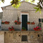 Sirolo-house-in-the-white-limestone-of-the-areaIMG_6461