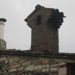 Woodstove pipe and chimney couple